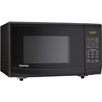 Danby DMW7700BLDB – Cheap Microwave Oven [Review]